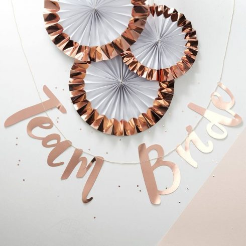 """""""Team Bride"""" lányúcsús dekorációs felirat"""