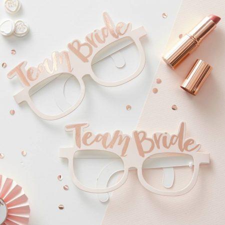 """""""Team Bride"""" papírszemüvegek (8 db-os csomag)"""