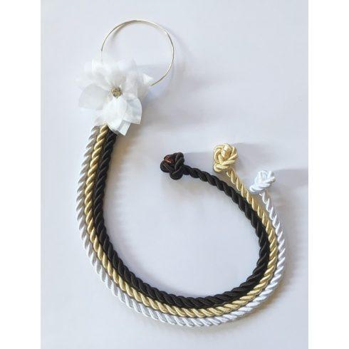 Selyemfényű kötelek karikára fűzve választható dísszel (fehér- világos arany - sötétbarna)
