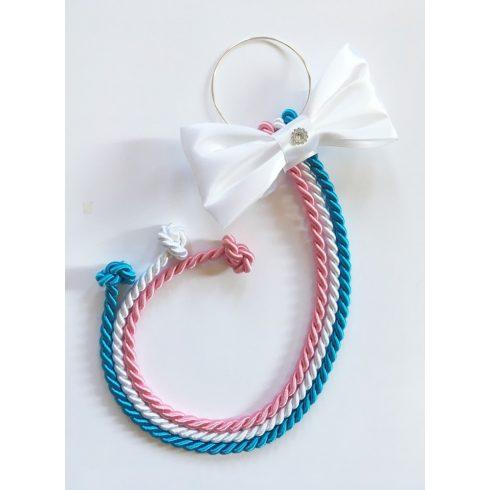 Selyemfényű kötelek karikára fűzve választható dísszel (rózsaszín-fehér-türkiz)