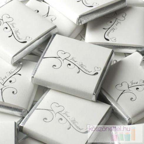 """""""Just married"""" ezüst szívvel díszített csoki"""