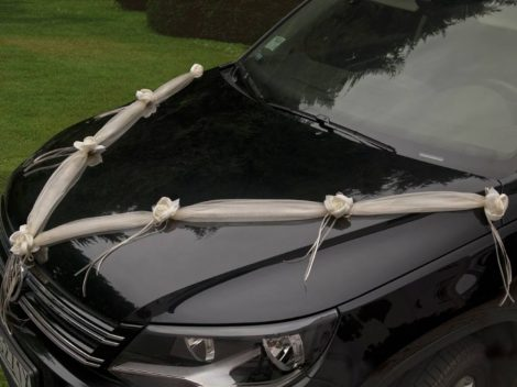 Autódekorációs szalagok rózsával - krém