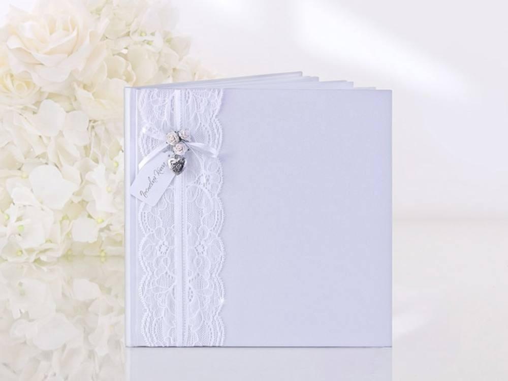 a4c2337607 Fehér csipke vendégkönyv - Köszönettel.hu esküvői webáruház