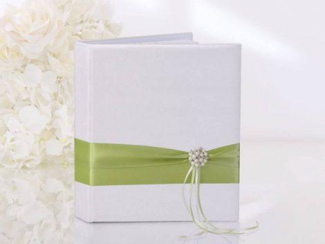 Zöld gyöngydíszes vendégkönyv