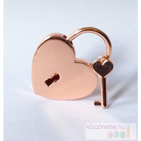 Szív alakú szerelemlakat - rose gold