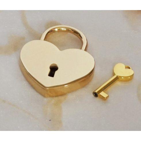 Szív alakú szerelemlakat - arany színű