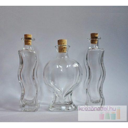Szív üveg hullámos öntőkkel