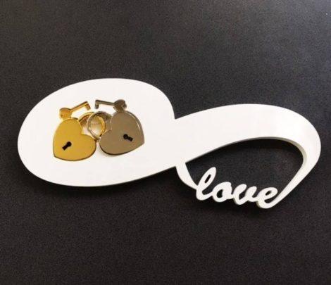 """""""Love"""" lakattartó tálca (lakat nélkül)"""